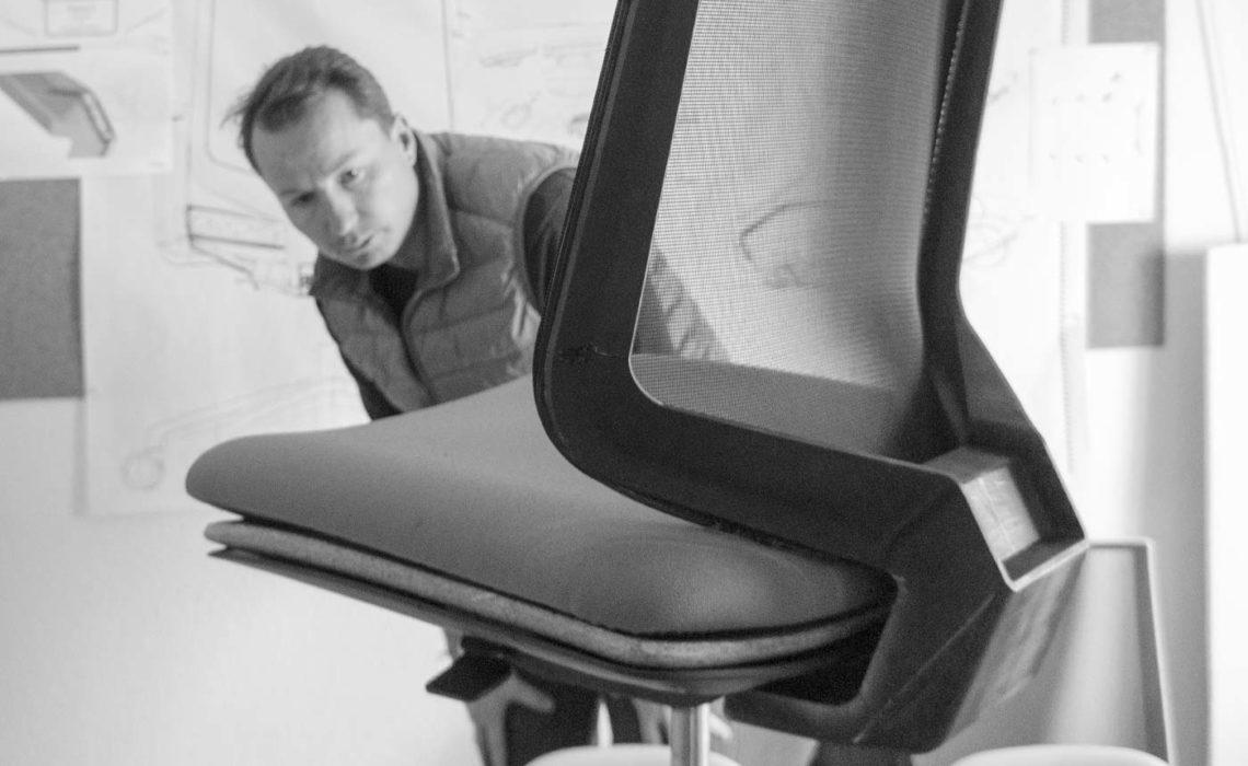 jorge-herrera-studio-dot.pro-task-chair-forma-5-making-of-3